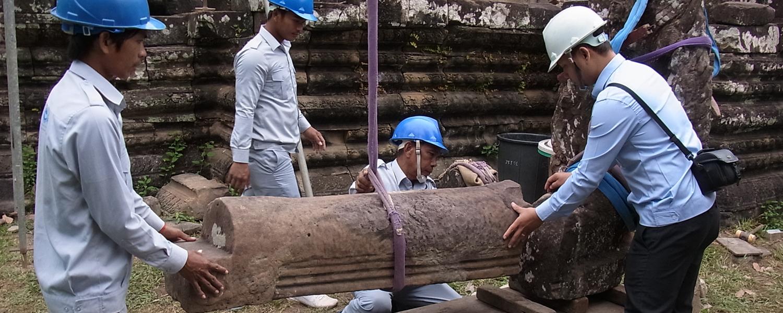 カンボジア・アンコール世界遺産活動