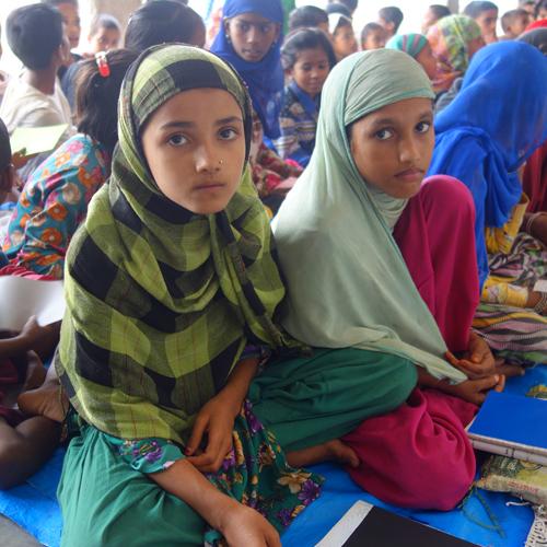 アフガニスタンバーミヤン寺子屋女性クラス