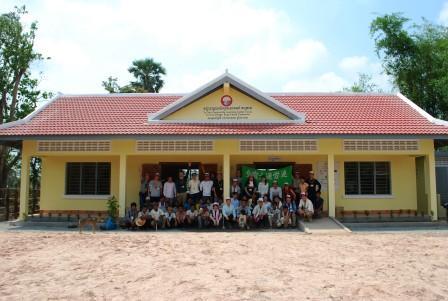1204_cambodia1.JPG